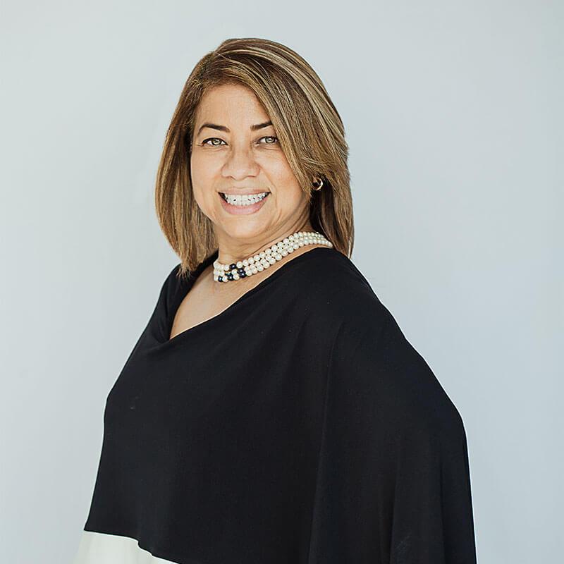 Gina Román